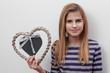 verliebter Teenager mit Herz