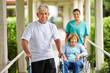 Zufriedene Senioren im Altenheim