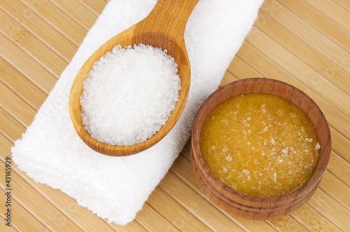 Homemade skin exfoliant (skin scrub) of sea salt and honey
