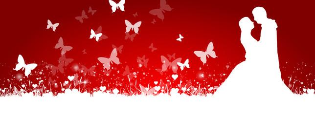 Brautpaar mit Schmetterlingen