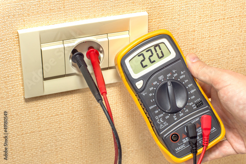 metering socket voltage with digital multimeter