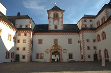 Schlosshof der Augustusburg in Sachsen