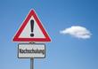 Achtung Schild mit Wolke NACHSCHULUNG