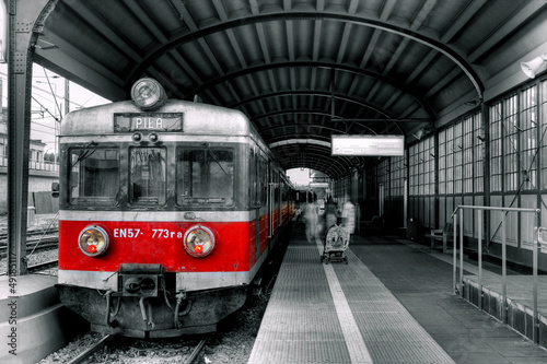 Aluminium Rood, zwart, wit red train
