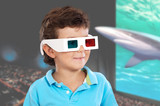 Child whit three dimensional glasses