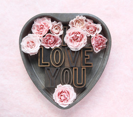 I love you with pink roses