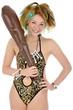 Junge Frau im Steinzeit-Kostüm