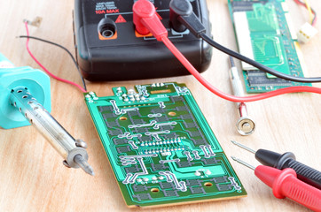 Test repair job on electronic printed circuit board