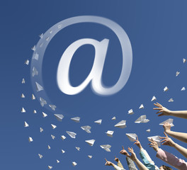 Paper airplanes as symbol email