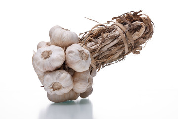 bundle of garlics
