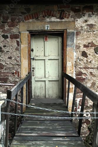 Tür mit Steg