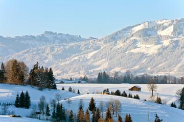 Schneelandschaft bei Sonthofen im Allgäu