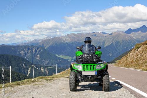 Motorsport - Mit dem Quad über die Alpen