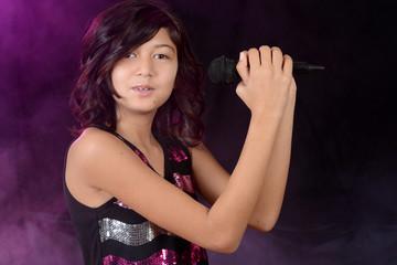 Female child singer