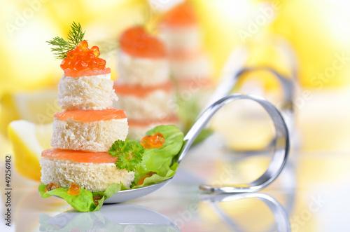 Kaviar-Lachs-Häppchen