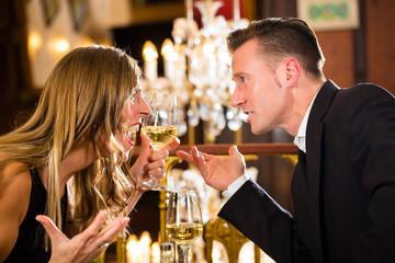couple quarrels at restaurant