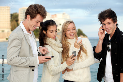 teens mobile or cell phones