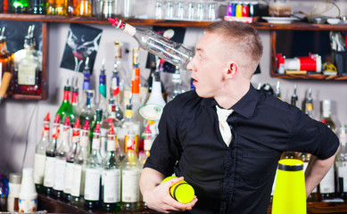 barman in action