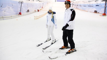 skier instructor argue with girl what will be better for her in