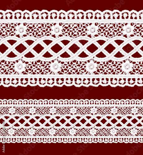 Seamless penwork lace border.