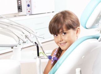 dentist and little girl