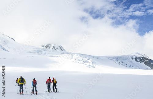 Aufbruch zur Skitour
