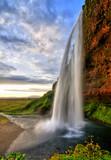Fototapete Natur - Sonnenuntergänge - Wasserfall / Schnellen / Geysir