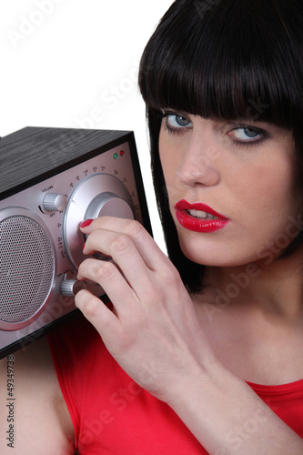 Brunette tuning radio
