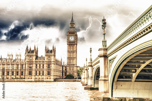 Staande foto Rome Landscape of Big Ben and Palace of Westminster with Bridge and T