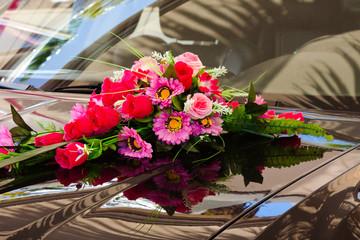 mariage, décoration de la voiture des mariés