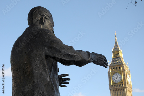 Statue of Nelson Mandela in Parlaiment Square with Big Ben