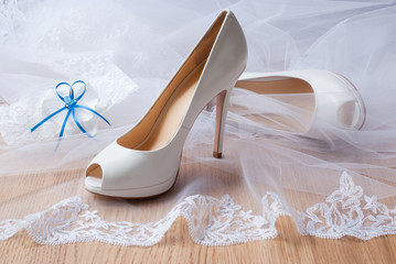 Luxury white wedding shoes.