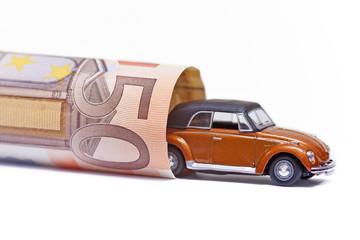Auto und Geld.