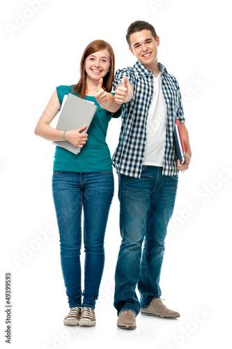 Teenager halten Daumen hoch