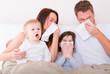 kranke familie im bett