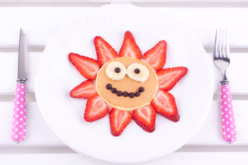 face on pancake for kids