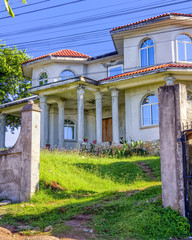 Colonial House in Roatan