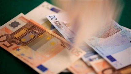 Euro banknotes, spend, pay