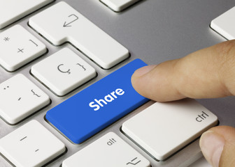 Share keyboard key. Finger