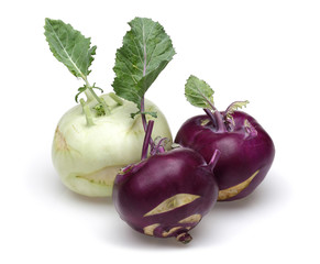 purple kohlrabi and white kohlrabi
