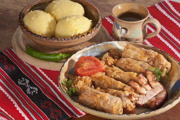 Traditional meal arrangement (sarmale)