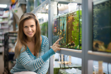 Woman chooses aquarium