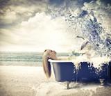 Fototapeta łazienka - wanna - Kobieta