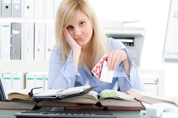 kopfschmerzen durch zu viel arbeit