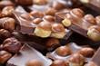 Schokolade mit ganzen Haselnüssen