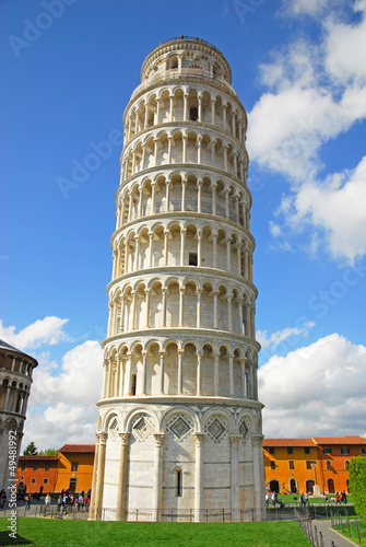 Italy, Pisa: the leaning tower.
