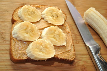 Preparing a Banana and Peanutbutter Sandwich