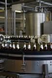 Fließband in einer Brauerei