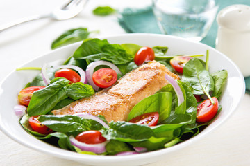 Salmon with Spinach salad