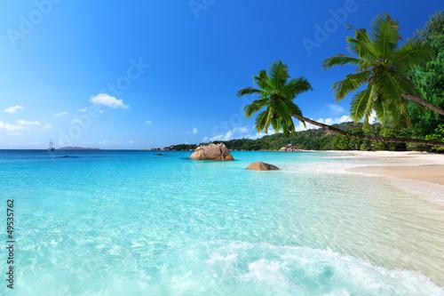 anse-lazio-plaza-przy-praslin-wyspa-seychelles